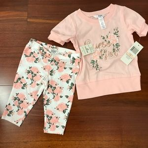 Guess outfit cute 2 piece set size 2T